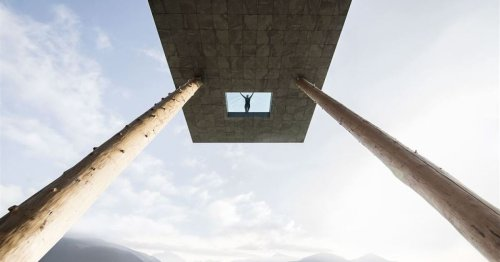 Glass-bottomed swimming pool is not for the faint-hearted