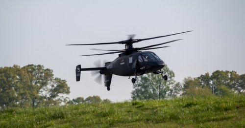 Sikorsky's S-97 Raider helicopter puts on a show for the US Army