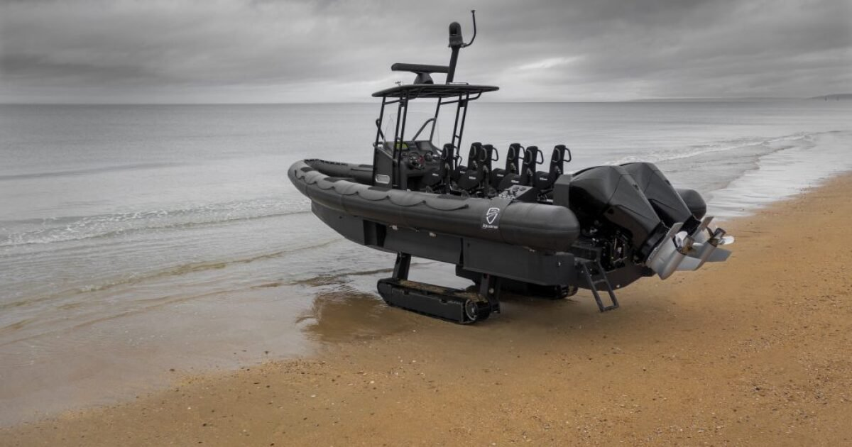 Iguana prepares to launch the world's fastest amphibious boat