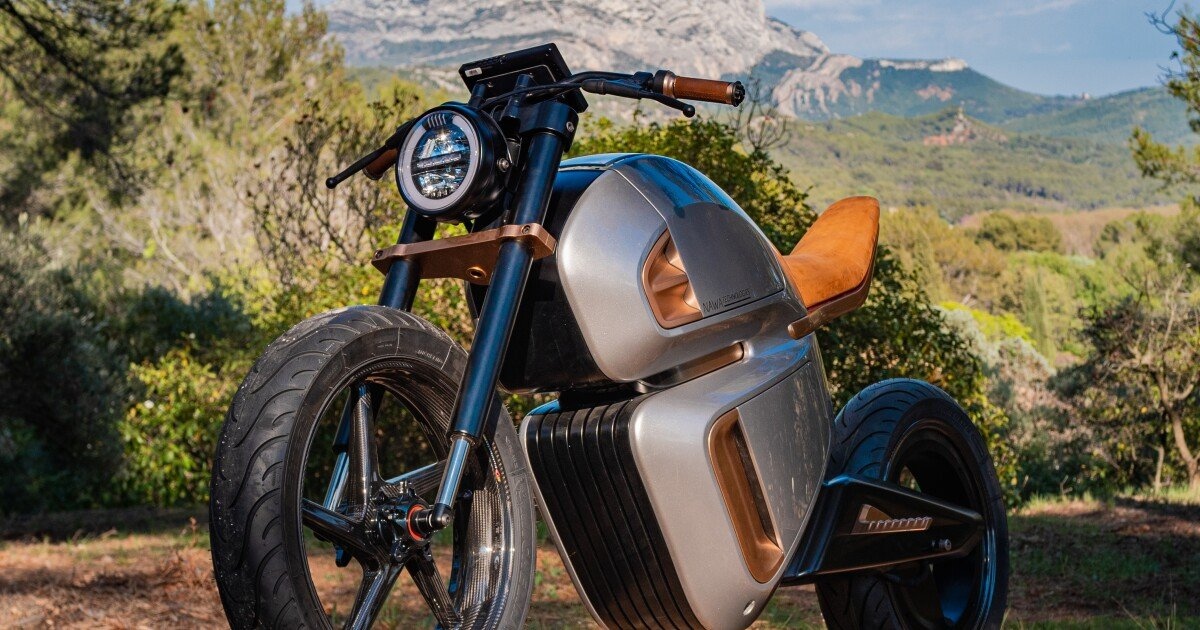 World's first supercapacitor-hybrid electric motorcycle will get a chance to prove itself
