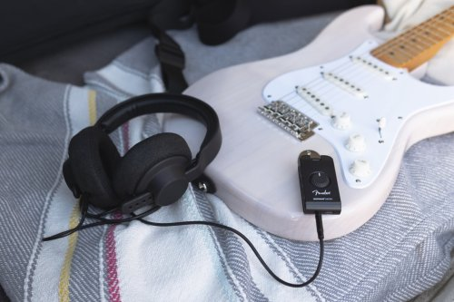 Fender Mustang Micro Review: 12 guitar amps in your pocket