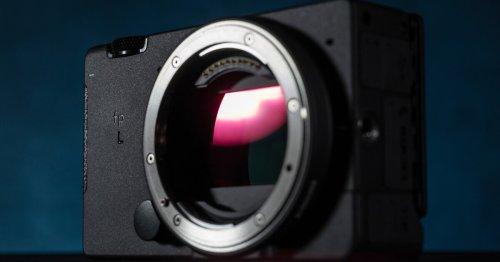 Sigma crams 61-MP full-frame sensor into compact mirrorless camera