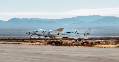 Virgin Galactic's SpaceShipTwo fails to fire on attempt to reach space