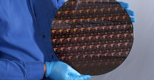 IBM's new 2-nm chips have transistors smaller than a strand of DNA