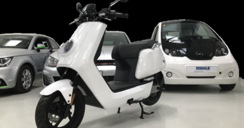 Lithium-carbon battery lets electric mopeds recharge in 90 seconds