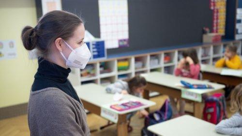 Coronavirus-News: Bundesweite FFP2-Maskenpflicht für Kinder soll fallen