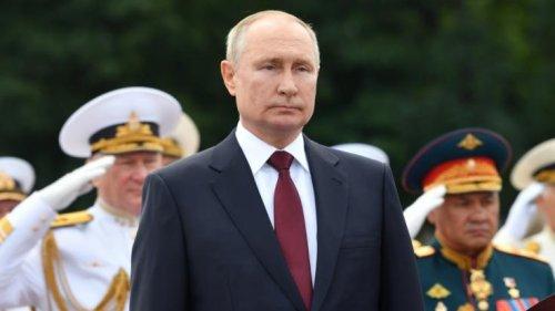 """Wladimir Putin: Angst vor Atomkrieg! """"Doomsday""""-Flieger sollen den Kreml-Chef retten"""