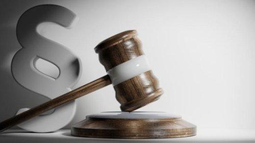 Neue Gesetze ab 01.08.2021: Gesetzesänderungen aktuell zu Mindestlohn, Personalausweis und Co. im August