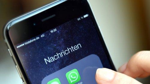 WhatsApp News 2019: WhatsApp-Schock! Überwachungs-App spioniert ALLE Nutzer aus