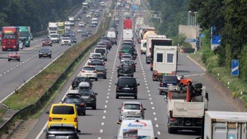 ADAC-Stauprognose am 17.10.2021: Autobahn-Chaos zum Ferienende! Auf diesen Strecken gibt's heute Stau-Alarm