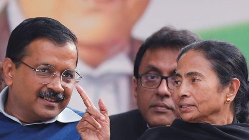 How Mamata, Arvind Kejriwal Score Over Rahul Gandhi to Become Modi's Challengers for 2024