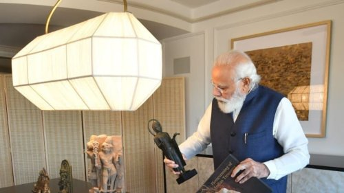 Bronze Nataraja, Terracota Vase Among 157 Antiquities PM Modi Will Bring Back from US. It's a New Record