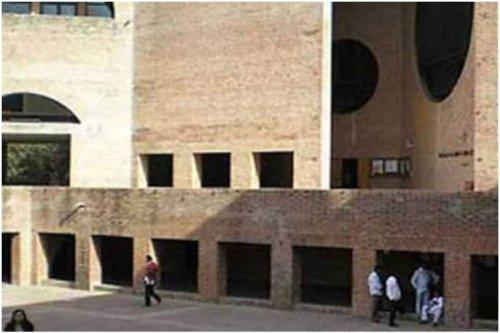 IIM Ahmedabad Hosts 56th Convocation Ceremony Virtually, 605 Degrees Conferred