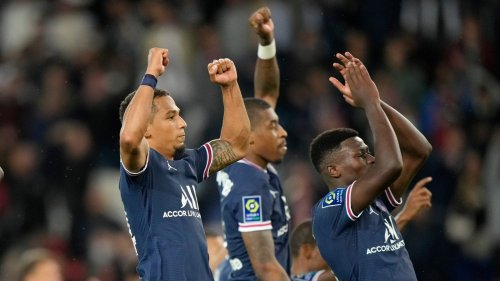 Ligue 1: Mauro Icardi's Late Winner Helps PSG Edge Out Lyon as Lionel Messi Makes Home Bow