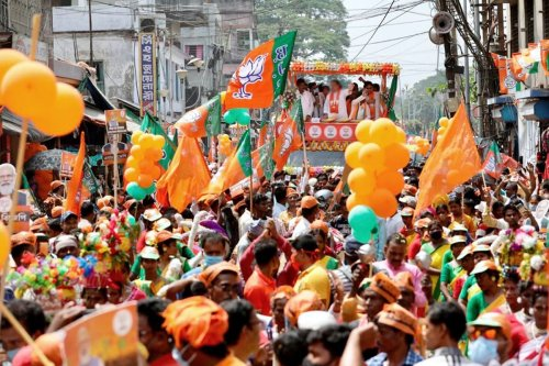 RSS Picks Holes in BJP's Bengal Poll Plan, Advocates Building Strong State Leadership