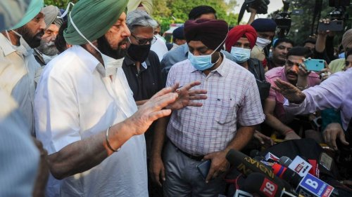 Stunned by Captain's 'Inexperienced Gandhi Kids' Barb, Open Challenge to Sidhu, This What Top Brass Plans to Do