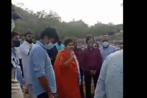 'Nobody Asked You to Live Here': MP Minister Tells Tribals After They Complain of Toxic Water in Area