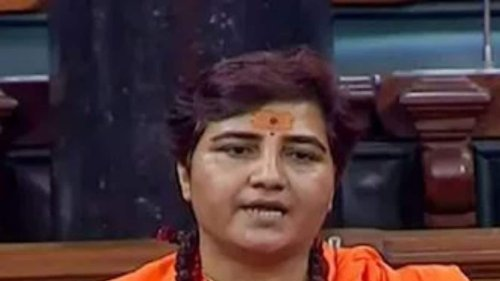 Police Deployed in Bhopal School after Pragya Thakur's Objections to People Offering Prayer on Campus