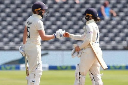 India Women vs England Women 2021 Only Test Live Score, Day 2