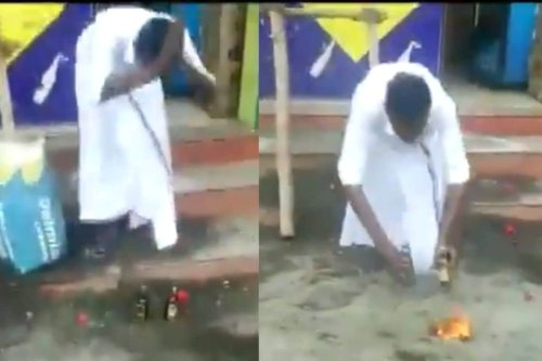 Man Performs 'Aarti' of Alcohol Bottles as Tamil Nadu Reopens Liqour Shops