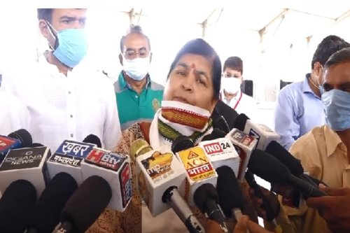Perform 'Yagna Chikitsa' to Ward Off Covid-19 Third Wave: MP Minister Usha Thakur