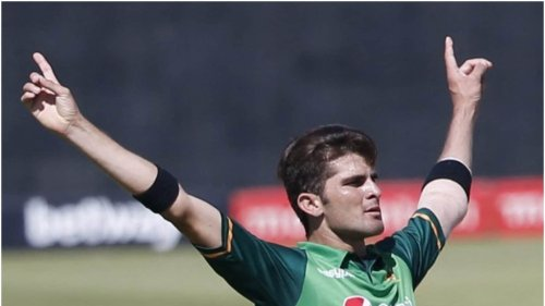 WATCH   Shaheen Afridi's Hilarious Reaction After a Fan Asks for India vs Pakistan T20 World Cup Match Tickets