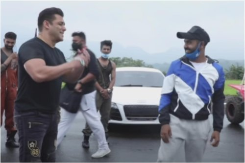 Salman Khan Has a Priceless Reaction to 'Zoom Zoom' Song Choreography, Watch Video