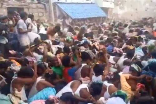 Holy Crap! Thousands Hurl Cow Dung During Ugadi Celebrations in Andhra Amid Rising Covid Cases