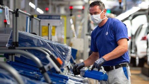 VW: Produktion läuft wieder an – Ende der Kurzarbeit in Sicht?