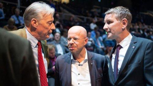 AfD Niedersachsen: Geheimes Treffen! Mitschnitte sind höchst brisant