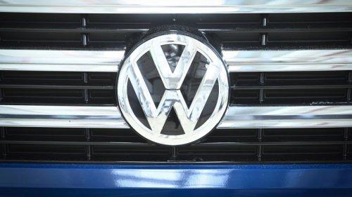 VW: Extreme Nachfrage! Mitarbeiter kommen trotz Sonderschicht kaum hinterher