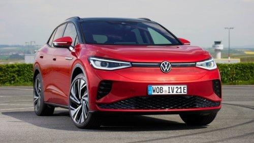 VW-Vorstand izeigt ID.4 GTX – doch alle haben nur Augen für dieses Detail