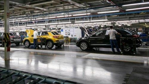 VW schickt Mitarbeiter in Kurzarbeit – Werk kämpft mit Chipmangel