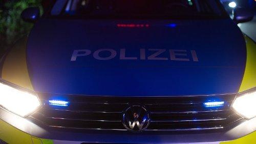 A2: Frau rast über Autobahn – Polizei entdeckt auch noch DAS