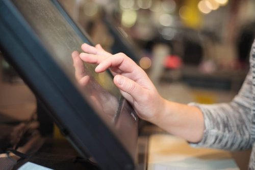 Dash Partners with BlockPay, Enables PoS Payments at Stores