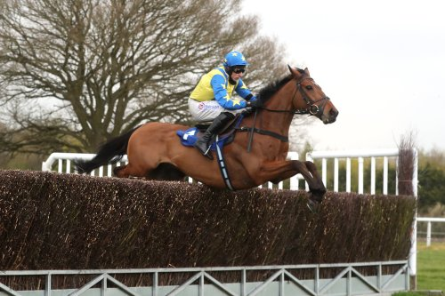 Harry Skelton builds on title lead with Ludlow double