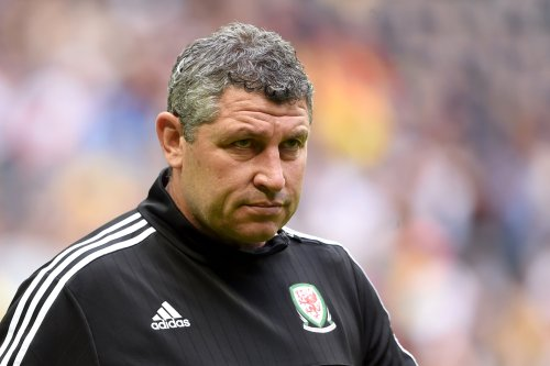 Patrick Vieira set to appoint Osian Roberts as Crystal Palace assistant