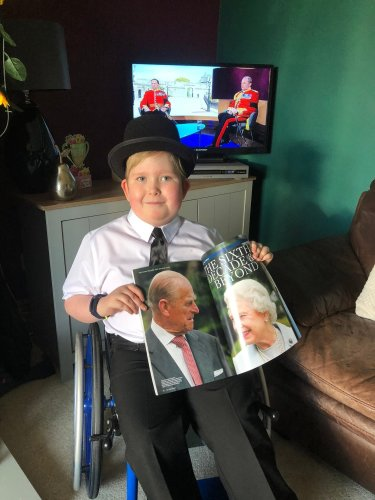 Disabled nine-year-old wears bowler hat and tie for duke's funeral