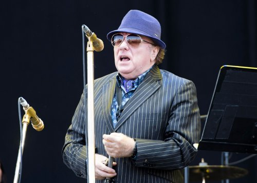 Van Morrison joined on stage by Ian Paisley for chant against NI Health Minister