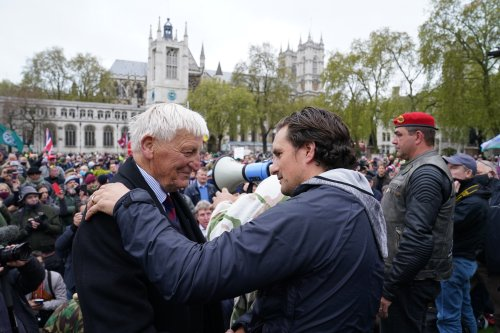 Hundreds join Johnny Mercer in London march in support of veterans