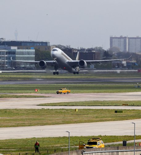 Climate campaigner fined £5,000 for breaking embargo on Heathrow ruling