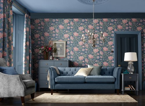 Go big and go home: It's all about full-bloom florals in decor this season