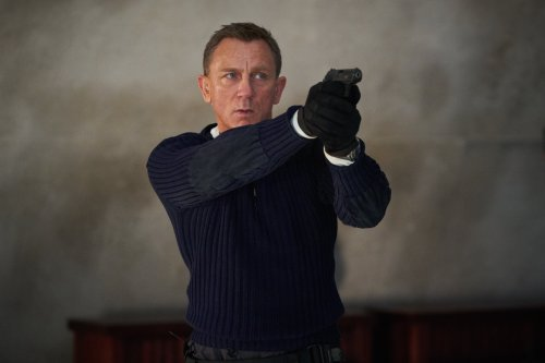 Royal foursome to attend Bond premiere as Daniel Craig bows out as 007