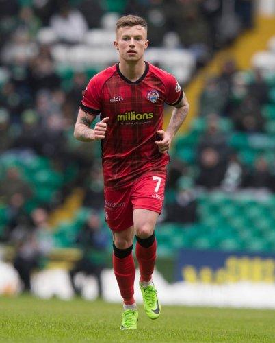 Substitute Lewis McGrattan rescues point for Morton against Dunfermline