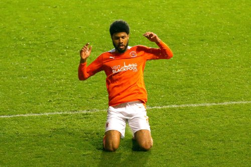 Ellis Simms bags brace as Blackpool secure play-off spot with win over Doncaster