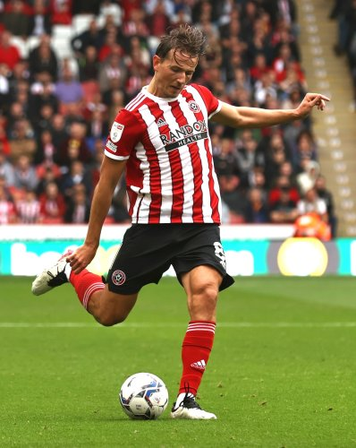 Sheffield United to check on Sander Berge fitness