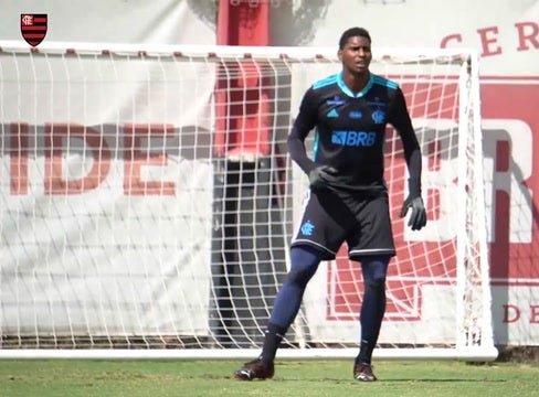 Flamengo's last training session before Portuguesa clash
