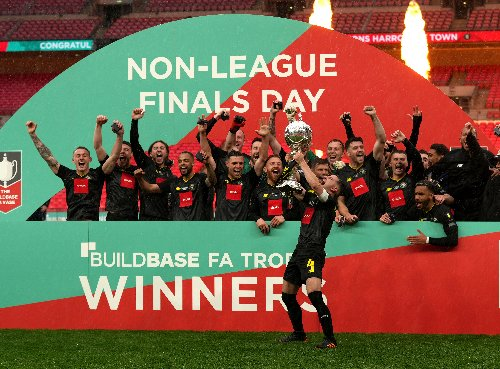 Cheltenham hoping to clinch League Two title against Harrogate