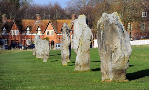 Police close off access to Avebury to prevent summer solstice gathering