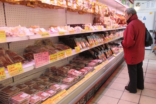 Immigration policy change urged within days to prevent food shortages